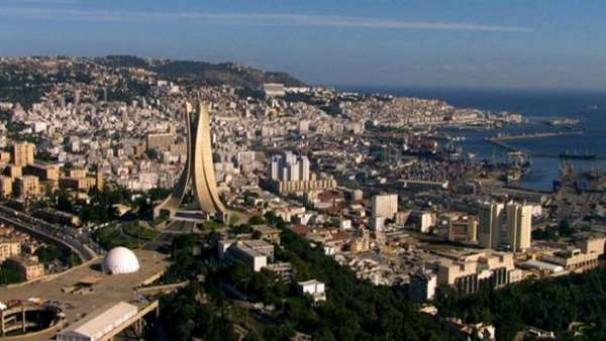 Autrement dit : Le Président aurait-il pris en considération les difficultés du peuple algérien ? « Gouverner c'est prévoir »