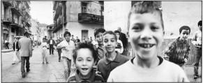 99 photos prises en Noir et Blanc pendant la décennie noire par Michael von Graffenrie